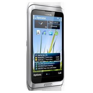 Nokia E7 Available On Amazon