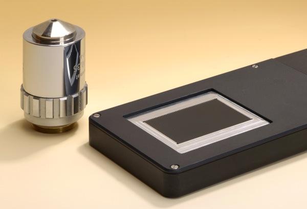 Ultra-Thin Handheld Microscope
