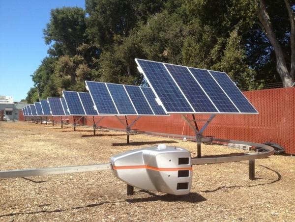 Qbotix's Solar Robot