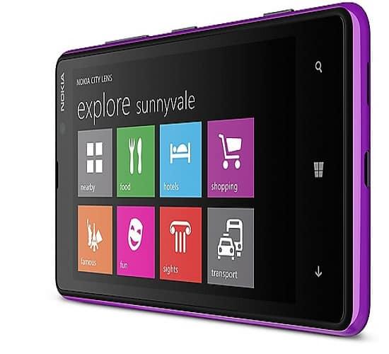 Nokia Lumia 820, image credit:nokia.com