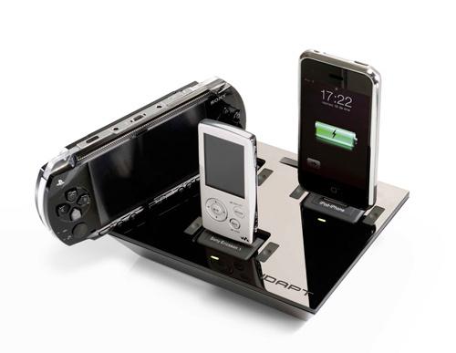 Idapt i4 Universal Charger-4000 Gadget at CTIA Wireless 2010 in Las Vegas