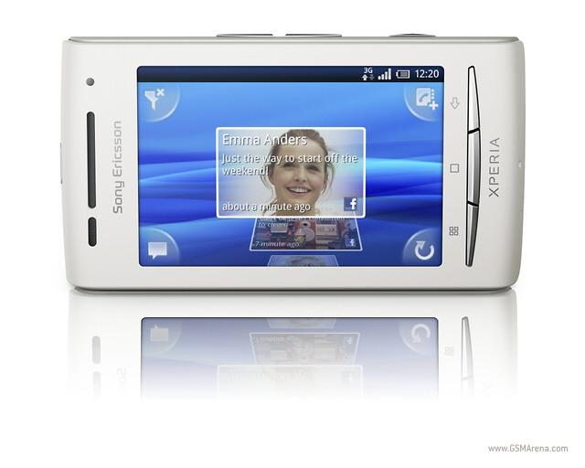 Sony Ericsson Shakira becomes XPERIA X8