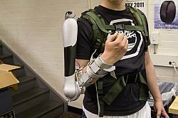 Lift Extra 40-Pound Weight Effortlessly Via Titan Arm Bionic Exoskeleton