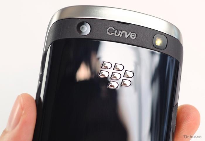 BlackBerry Curve Apollo (Video)-image-4