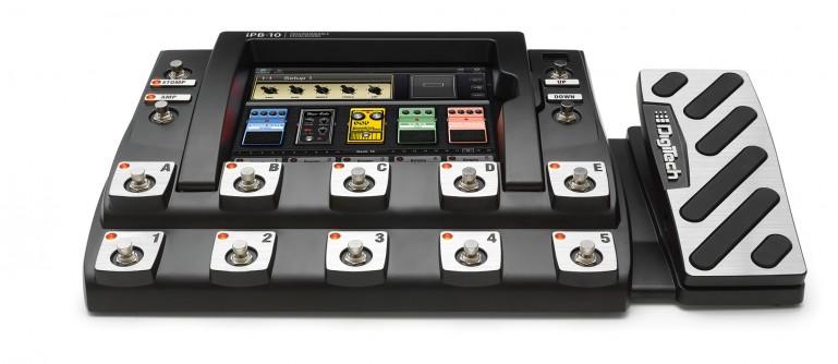 https://thetechjournal.com/wp-content/uploads/images/1106/1308993274-digitechs-new-ipad-pedalboard-1.jpg