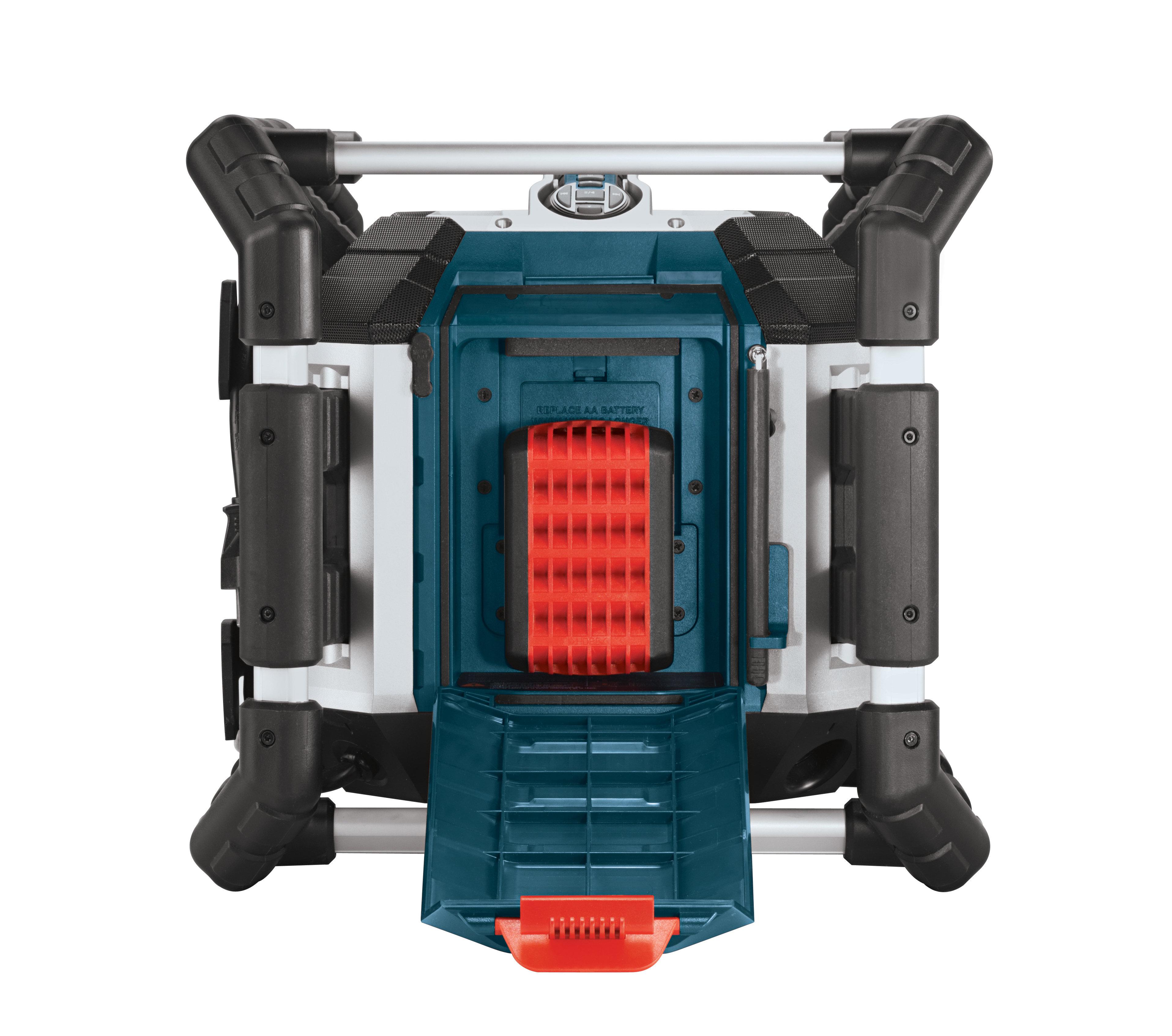 https://thetechjournal.com/wp-content/uploads/images/1109/1316444015-bosch-pb360d-deluxe-power-box-jobsite-radio-7.jpg